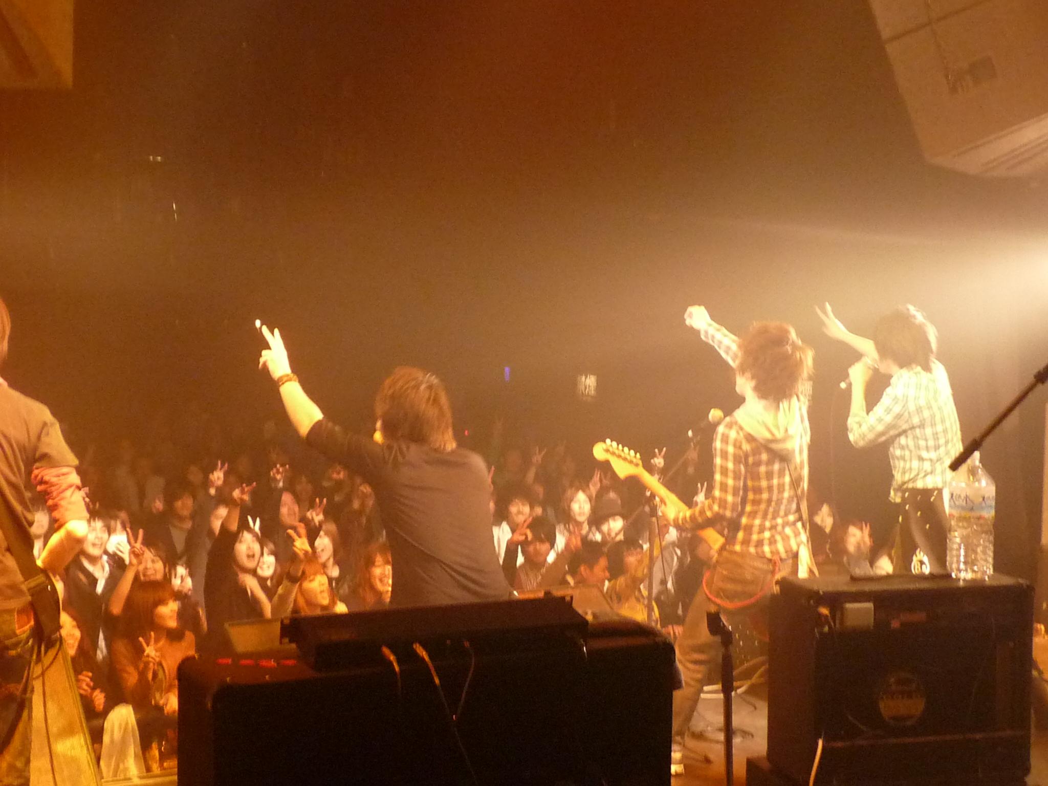 福岡の3MC HAPPY ROCKバンド バンドエイト